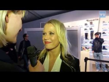 WEB CHANNEL TV Entertainment im Interview mit Nova Meierhenrich auf der Fashion Week 2015 in Berlin